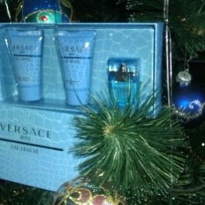 Подарочный набор к Новому годуVersace Man Eau Fraiche